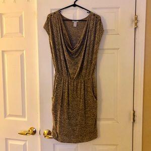 Incredibly cute midi dress with pockets!!